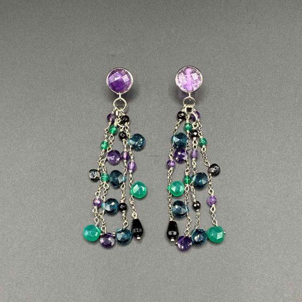 Orecchini chandelier in Ametista, Agata nera e verde, Spinello idrotermale, con chiusura a vite in argento OR10320