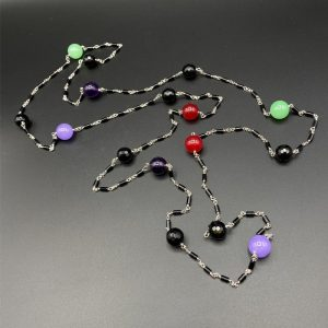 Collana lunga da donna in Agata nera, ametista, giada e argento G4321