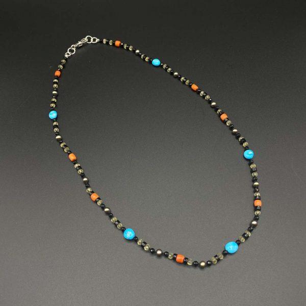 Collana girocollo da uomo in agata nera, citrino, turchese e corallo G7321