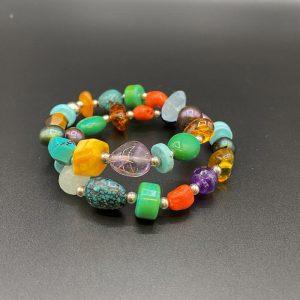 Bracciali elastici da donna in pietre colorate naturali e argento BR5221