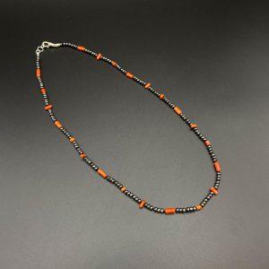 Collana girocollo da uomo in corallo del Mediterraneo, ematite e argento I11121